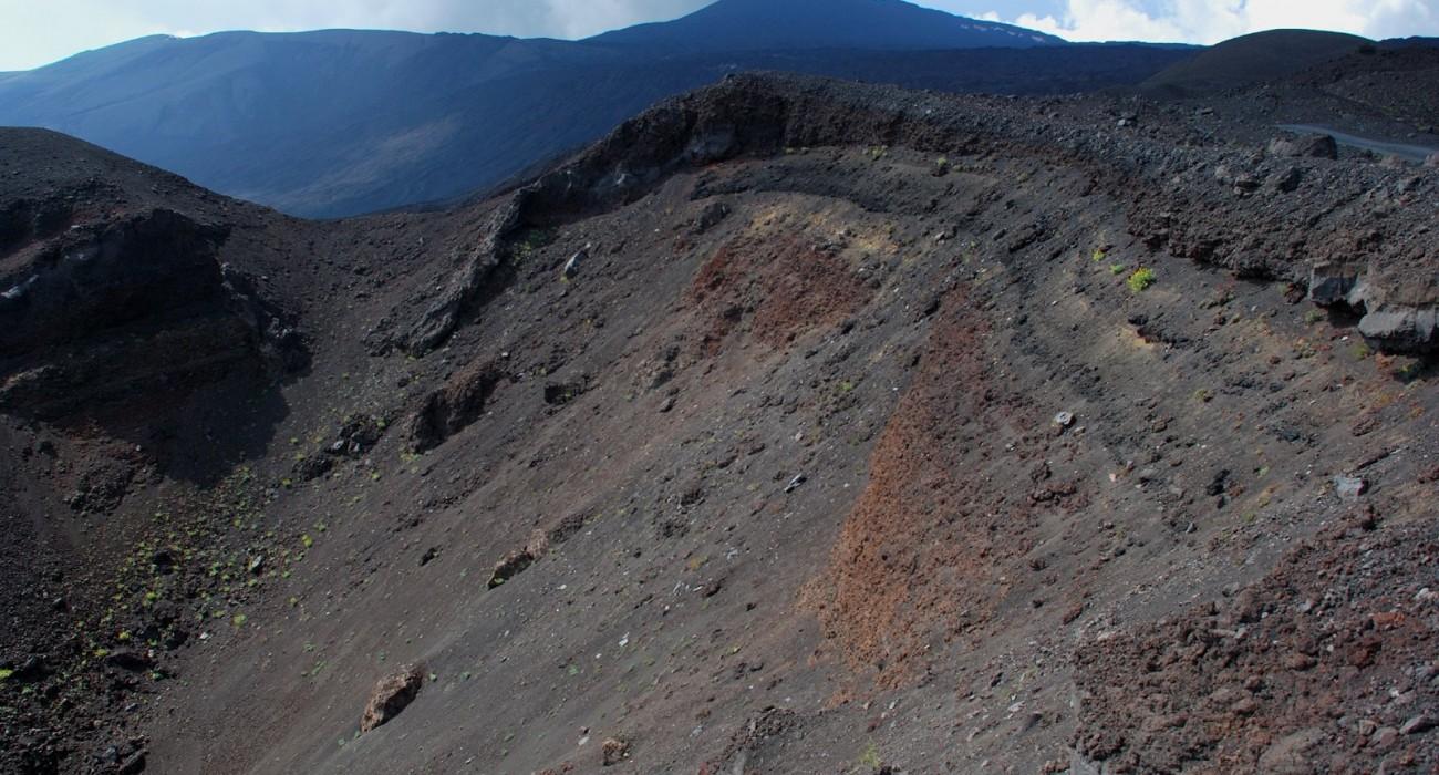 Etna Cratere Eruzione Bottoniera 2002