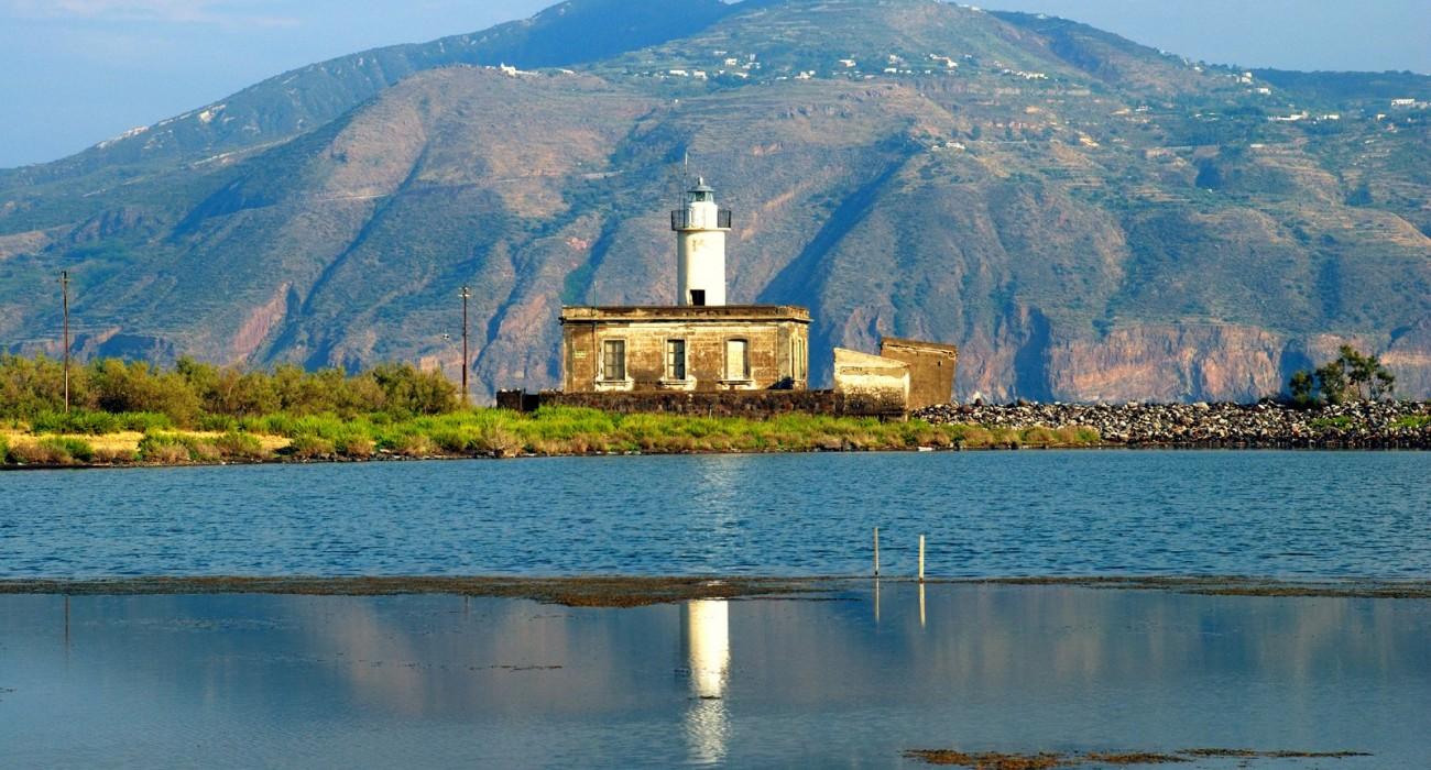 Faro Salina Isole Eolie