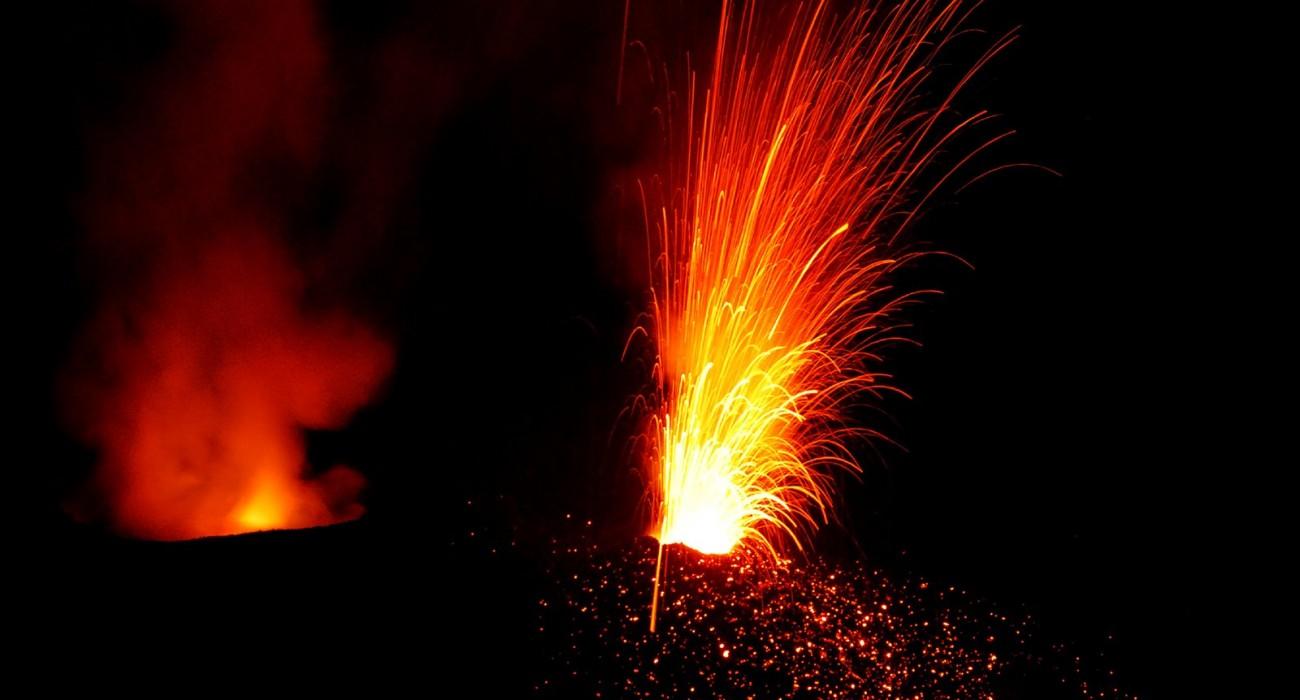 Stromboli Attivitá Esplosiva Isole Eolie Lava
