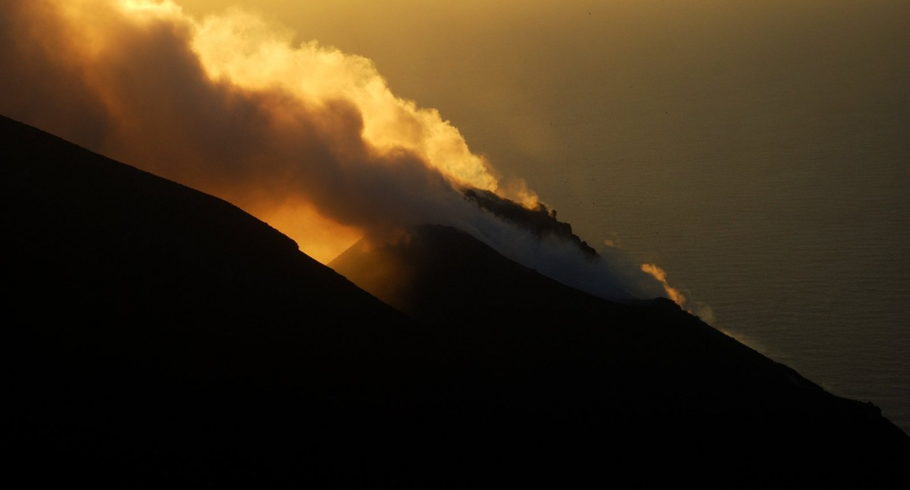 Cratere Stromboli Tramonto Isole Eolie